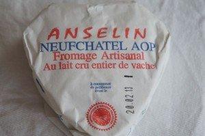Cœur de Neufchâtel. Hjerteformet og upasteurrisert kumelksost