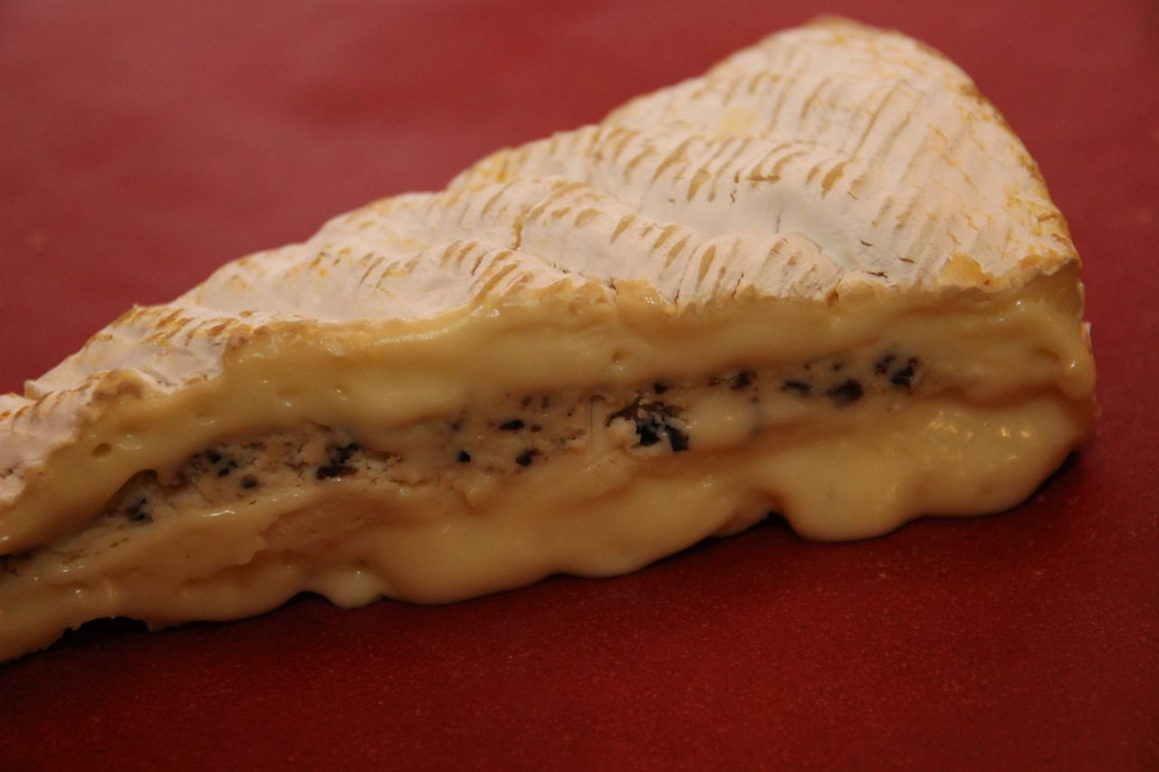 Brie de Meaux med trøffelkrem2