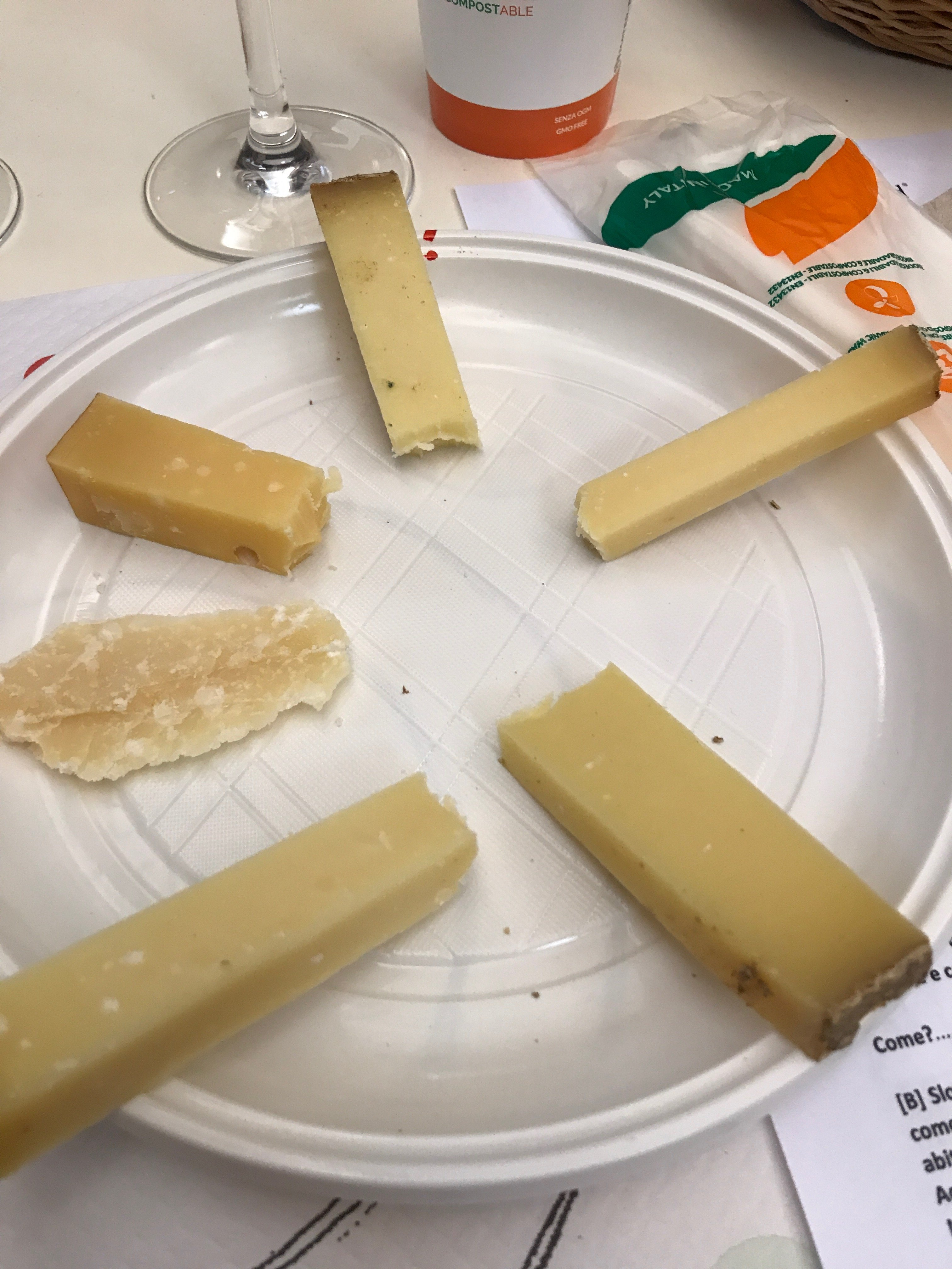 Seks faste oster på smakingen under Cheese 2017 i Bra